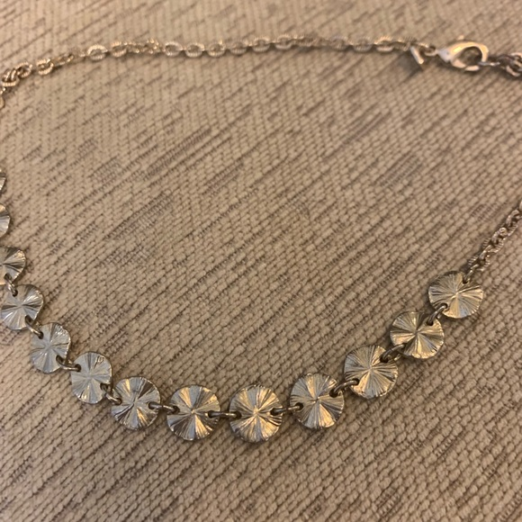 Jewelry - Gold sand dollar necklace